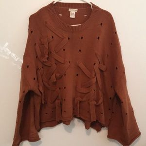 One size rust colored boxy sweater